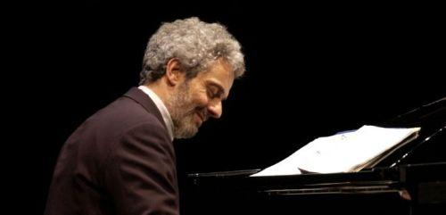 Nicola Piovani, sul palco del festival domenica 9 agosto