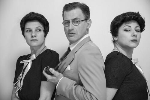 I tre protagonisti dello spettacolo. Da sinistra: Chiara Condrò, Francesco Polizzi e Katiuscia Magliarisi