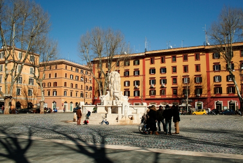 fontana-piazza-testaccio-5