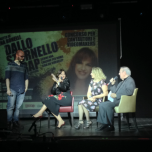Edoardo Basile raggiunge sul palco Elena Bonelli, Rosaria Renna e Giorgio Onorato (© TheParallelVision.com)
