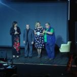 Sul palco anche il critico Lorenzo Tozzi (a destra) con Elena Bonelli, Giorgio Onorato e Rosaria Renna (© TheParallelVision.com)