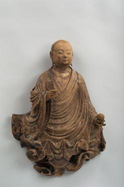 Jōchō Bodhisattva su nuvola Periodo Heian, 1053 Legno dipinto, altezza 57,1 cm. Bunkachō (Agency for Cultural Affairs)