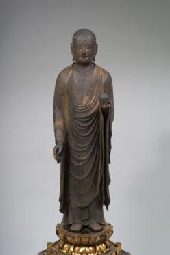 Jizō Bosatsu (Kşitigarbha) Periodo Kamakura, XIII secolo Legno dipinto, altezza 97,6 cm. Tokyo National Museum