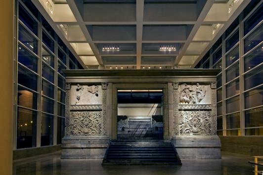 ara-comera-museo-ara-pacis_notte-5