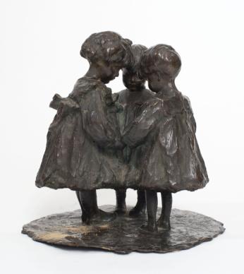 Giovanni Prini Segreto di bimbi, 1902c. bronzo h cm. 31, cm. 32x32 Collezione privata, Roma