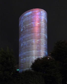 toyo-ito-maxxi-roma-800px-tower_of_winds2