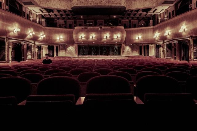teatro-theatre-red-hall