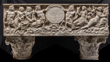 Sarcofago con thiasos marino, prima metà del III sec. d.C.; iscrizione IV-V sec. d.C. marmo insulare, cm 67 x 214 x 73 Roma, Musei Capitolini, inv. S 1215