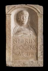 Stele di Nebride Terzo quarto I secolo d.C. Calcare, 75 x 45 x 15 cm Museo Archeologico Nazionale di Aquileia © Gianluca Baronchelli