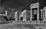 Elio Ciol Il teatro: orchestra ed edificio scenico Fotografia © Elio Ciol