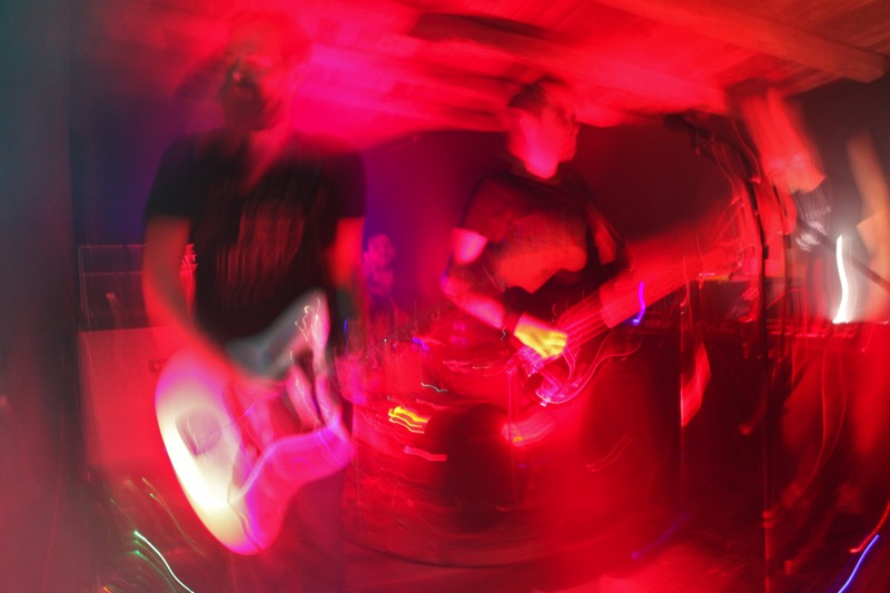 CLUSTERSUN-performing-photo-4
