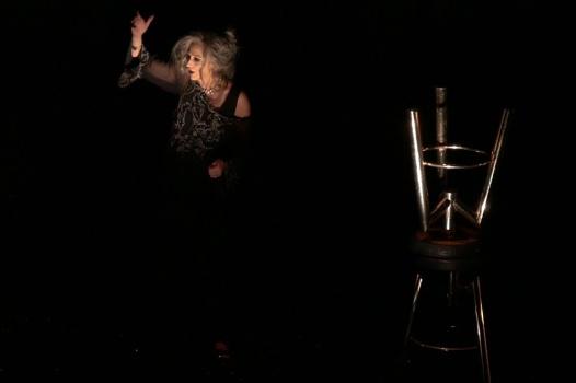 off-off-theatre-2017-2.Elisabetta-Pozzi-è-Elena