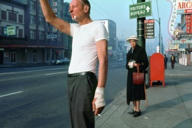 Fred Herzog Uomo con benda Vancouver, 1968 Courtesy of Equinox Gallery © Fred Herzog, 201