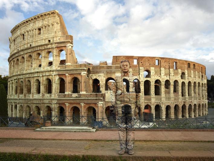 liu-bolin-vittoriano-roma-Colosseo-No.2