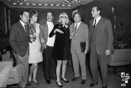 DREAMERS 1968 AGI Riunione alla sede dell Agis di attrici attori registi e produttori per la fondazione dell accademia cinematografica 1 novembre