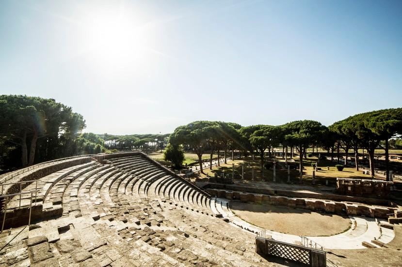 teatro-ostia-antica