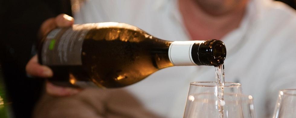 vino-bottiglia-calice-bicchiere
