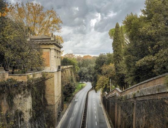 Il Muro Torto dal ponte di Villa Borghese