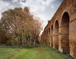 Tratto interno delle Mura lungo viale di Porta Ardeatina