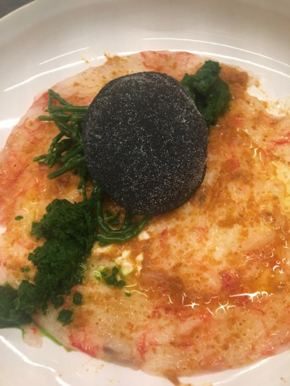 cucina-musia-Carpaccio-di-gambero-rosso-di-Mazara_salsa-di-ricci_lattuga-di-mare-e-salicornia