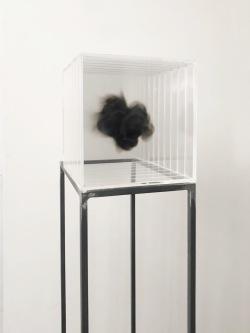 13-isabel-alonso-vega_humo_20x20x20-cm_fuliggine-su-plexiglass_2018-white-noise-gallery