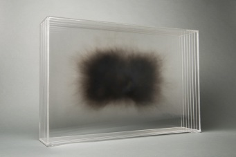 15-isabel-alonso-vega_humo-iii_40x60x13cm_fuliggine-su-plexiglass_2018-white-noise-gallery