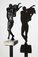 eros-e-le-sue-ombre-bronzo-su-pietra-(cm-50x-15)