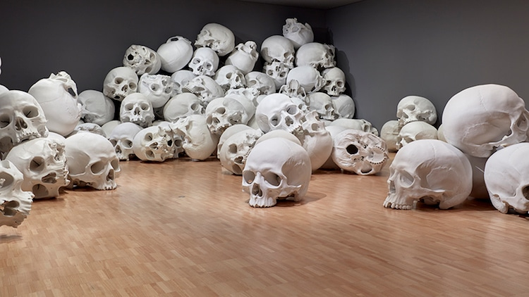 ron-mueck-national-gallery-victoria-triennial-7