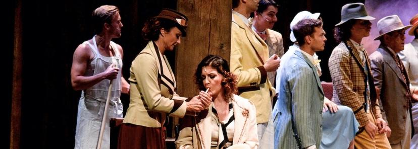 globe-theatre-2019-La-bisbetica-domata_7-98