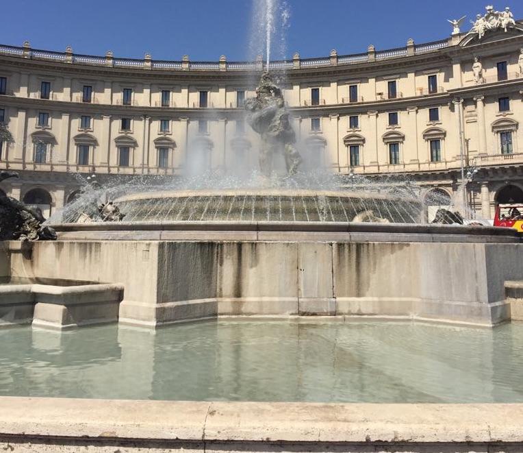 fontana-delle-najadi-piazza-repubblica-2019