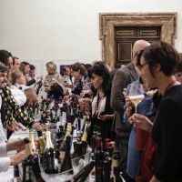 A Palazzo Borghese tra arte, vino e le sue proprietà benefiche per la salute