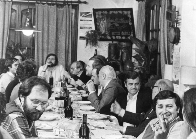 1981 Dolceacqua visibili da s de Angelis Vecchioni Guccini Rambaldi Bardotti Arbore Polillo Endrigo Barzizza BertoliDaria Colombo (foto Alba Avesini)-1