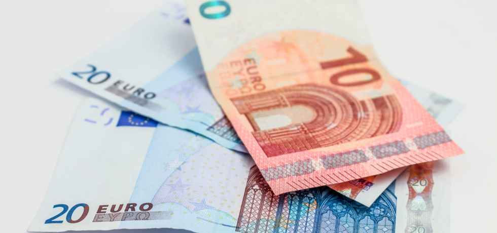 money-soldi-euro-banconote