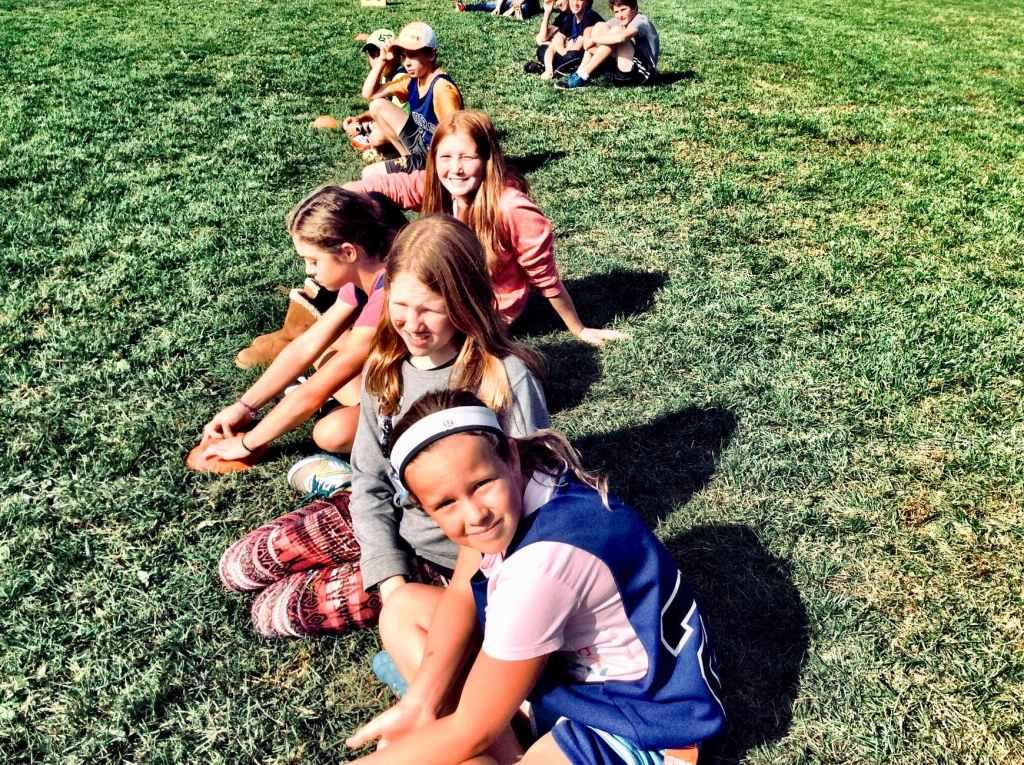 kids-on-the-grass