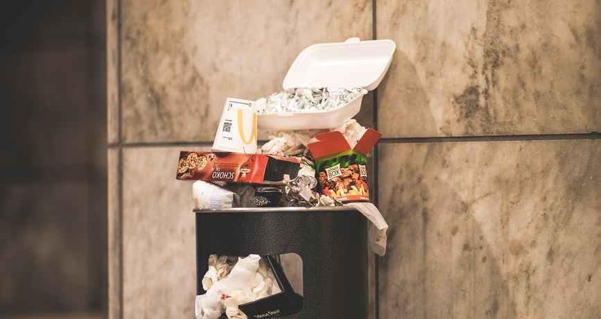 rifiuti-spazzatura-cassonetto