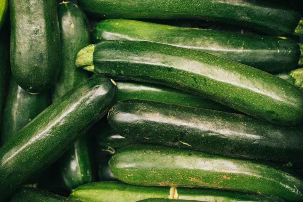 zucchini-zucchine-verde-green