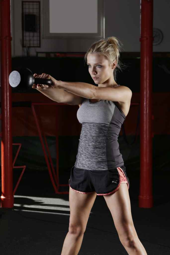 girl-gym-exercise-palestra-ragazza