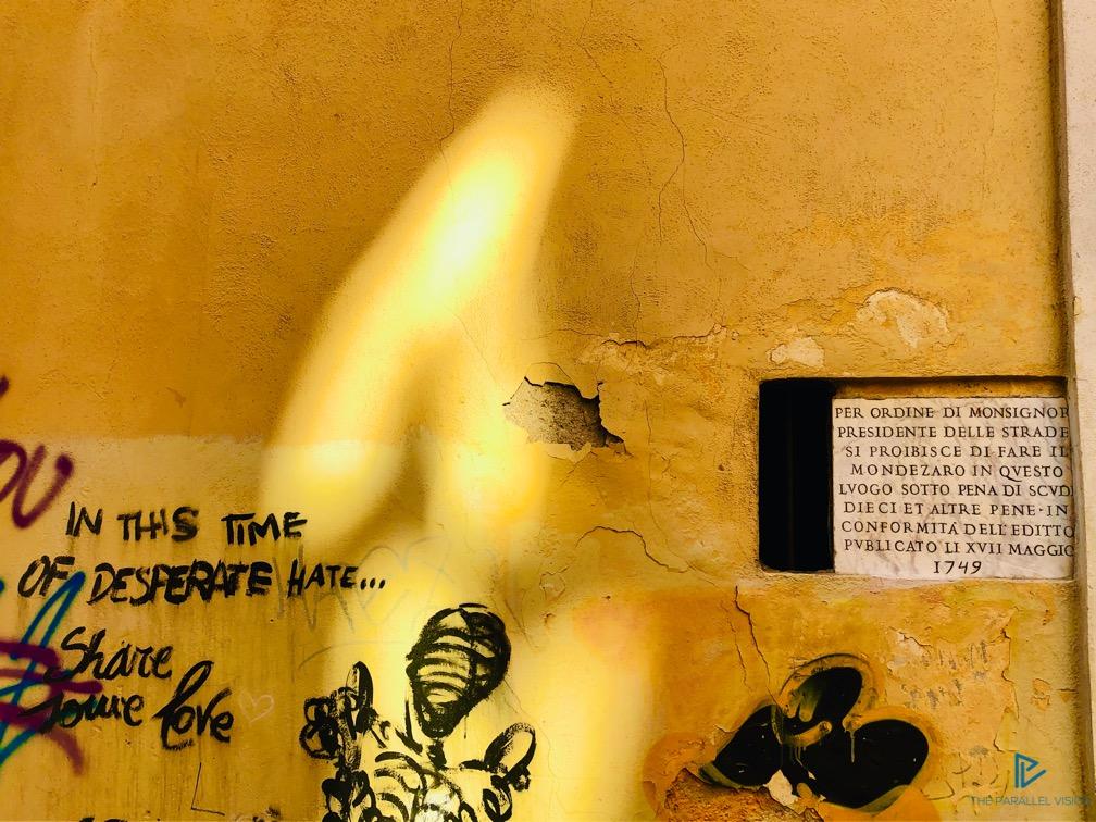 rioni-di-roma-the-parallel-vision-foto-monti-strade-monumenti-vicoli-street-art-murales-giallo