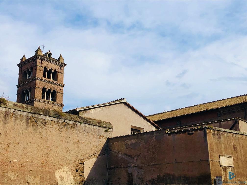 rioni-di-roma-the-parallel-vision-foto-trastevere-strade-monumenti-vicoli-tetto