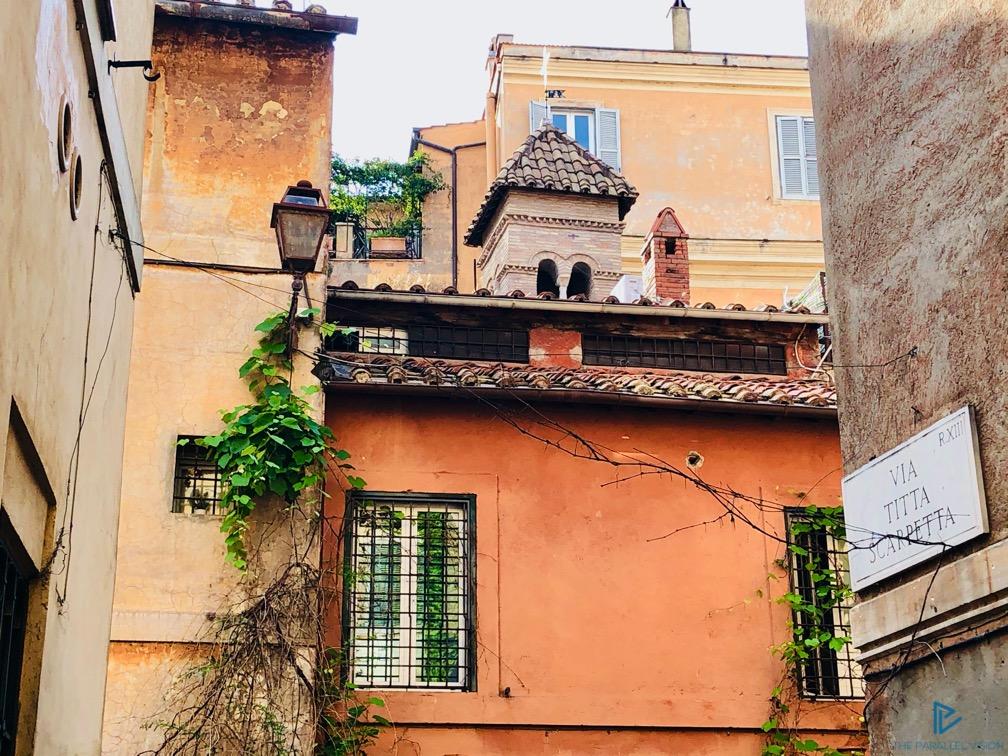 rioni-di-roma-the-parallel-vision-foto-trastevere-strade-monumenti-vicoli-tetti