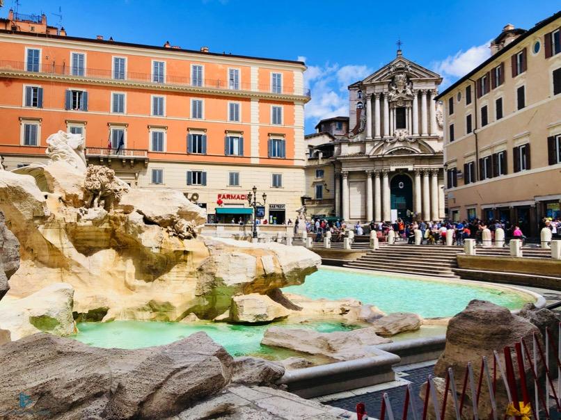 rioni-di-roma-the-parallel-vision-foto-trevi-strade-monumenti-fontana
