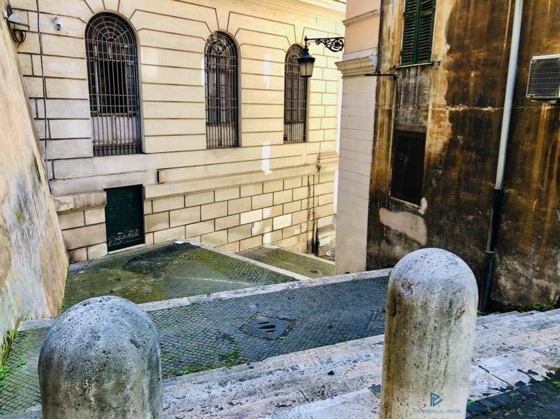 rioni-di-roma-the-parallel-vision-foto-trevi-strade-monumenti-vicoli-scale