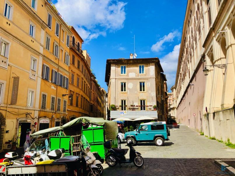 rioni-di-roma-the-parallel-vision-foto-trevi-strade-monumenti-vicoli