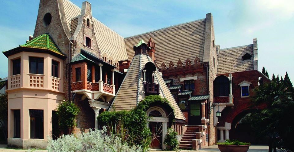 casina-delle-civette-tetti-vetrate-liberty-finestre