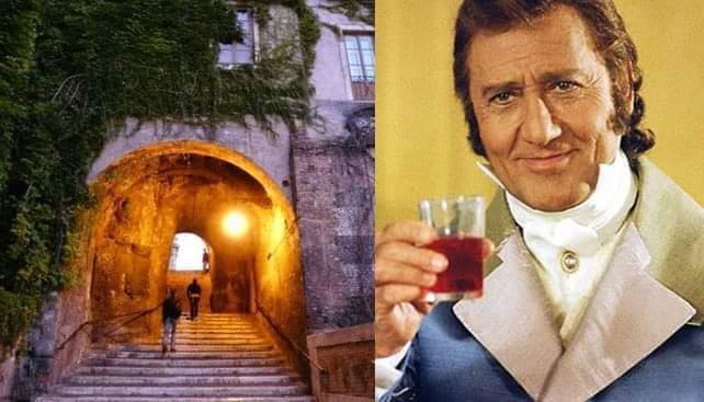 alberto-sordi-marchese-del-grillo-rione-monti-uomo-con-bicchiere-vino-in-mano