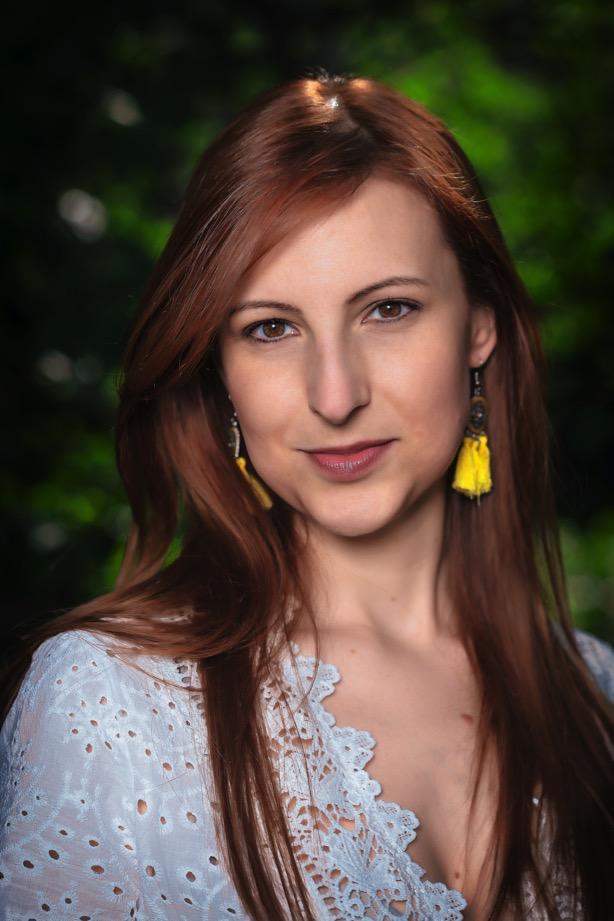 alessia-melzer-redhead-girl