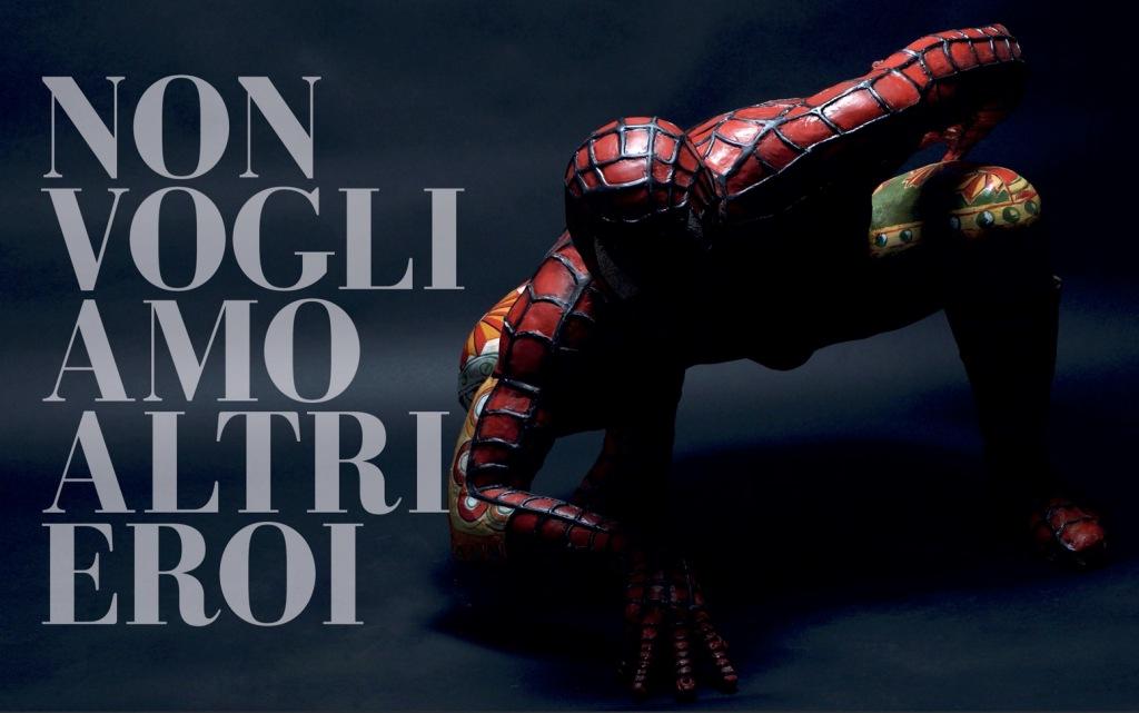 non-vogliamo-altri-eroi-uomo-ragno-spiderman-rosso-ragnatela