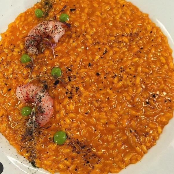 risotto-gamberi-piselli-sugo