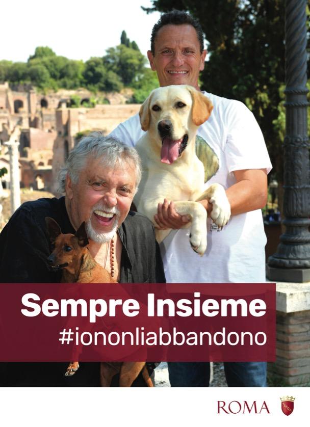 cani-uomini-sorridono-rovine-roma