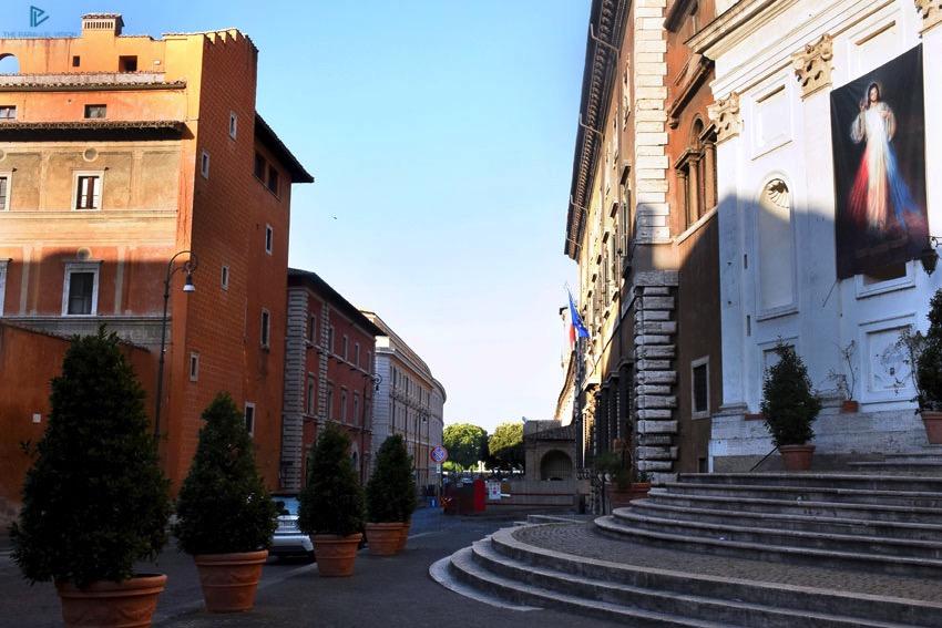 rioni-di-roma-the-parallel-vision-foto-borgo-strade-monumenti-vicoli-scalini-scale
